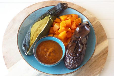 Verduras asadas con salsa romesco sin pan