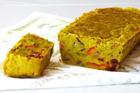 Pastel de verduras VEGANO, de trigo sarraceno, pimiento y olivas