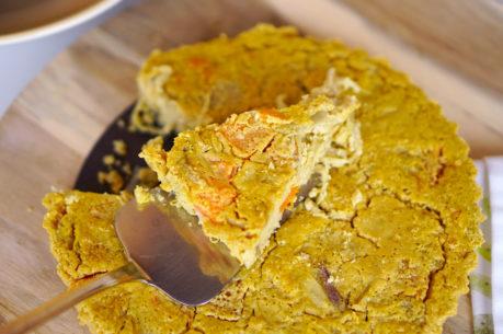 Farinata vegana con calabaza y cebolla